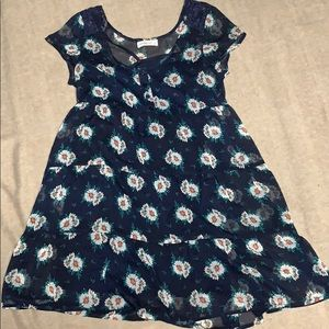 Abercrombie & Fitch Dresses - Abercrombie & Fitch floral dress
